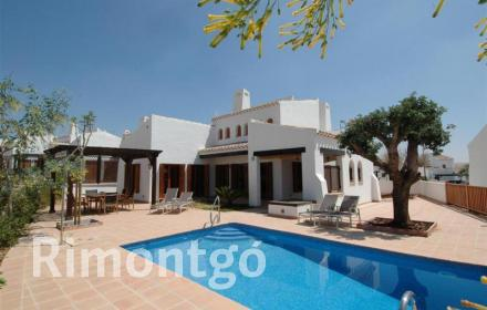 Villa in vendita a El Valle Golf Resort, Murcia